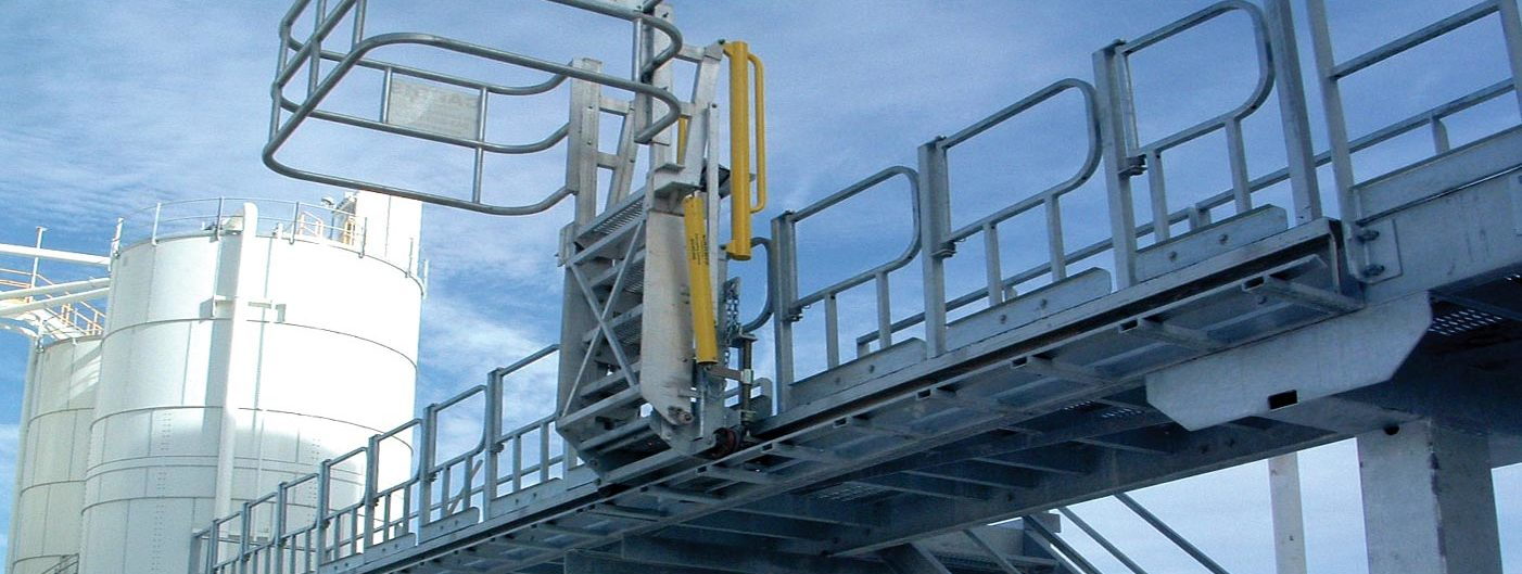 track mounted gangway for hopper truck access