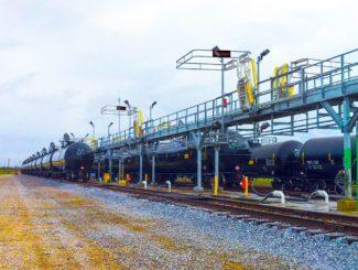 rail car loading rack for crash box access