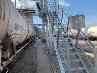 rail car loading rack