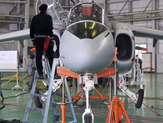 Heavy duty work stand, portable ladder, aircraft maintenance, aluminum